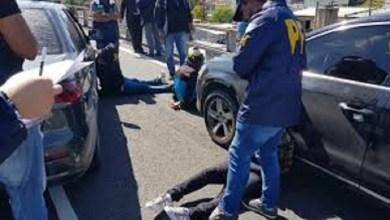 Photo of Acorralado por la Policía, se arrojó desde la autopista