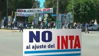 Photo of Protesta en Capital de trabajadores del INTA