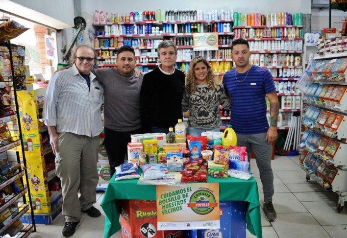 Hurlingham: lanzaron la Canasta Popular con 30 productos