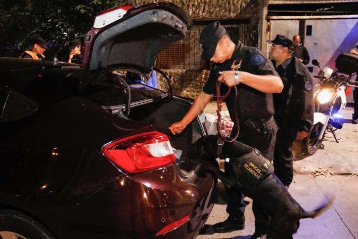 Operativos en Morón: tres detenidos y más de 40 vehículos secuestrados