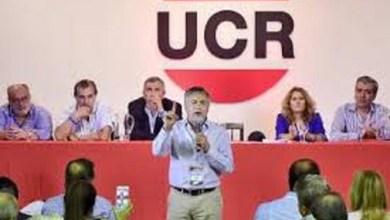 Photo of Gobierno propone a la UCR acordar fórmula presidencial y negociar listas