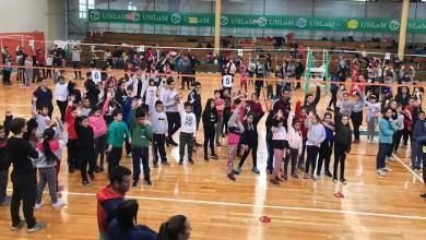 Photo of La UNLaM recibió a más de 600 chicos en un encuentro intercolegial de Vóley