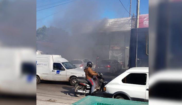 Ahora Morón Incendio de una automotriz en Castelar