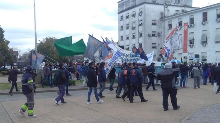 Morón Arde: Protesta Municipales