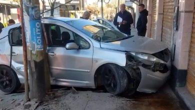 Photo of Un hombre que chocó su auto contra un poste en Castelar Sur en estado de ebriedad fue inhabilitado para conducir