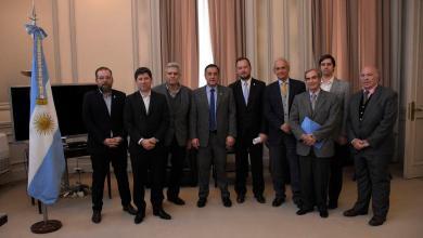 Photo of Firma de convenio de cooperación entre El Ministerio de Educación y la Fundación Universitaria del Río de la Plata