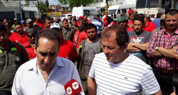 Tagliaferro anunció un bono para los municipales, reperfiló la campaña y cruzó a Kicillof: «Fue a la Gardel a hacer turismo»
