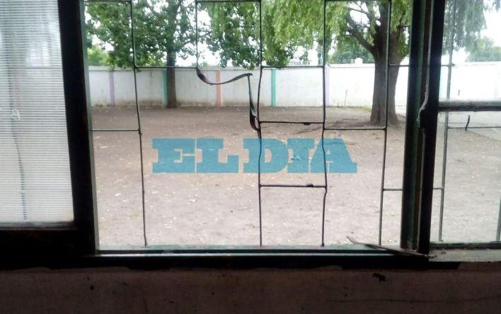 La delincuencia asestó otro duro golpe en una escuela de La Plata