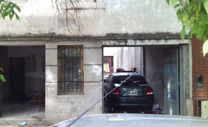 Se incendió un búnker de droga en La Plata y cuando entran al lugar encuentran un cádaver
