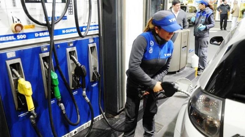 En diciembre suben otro 5% los combustibles