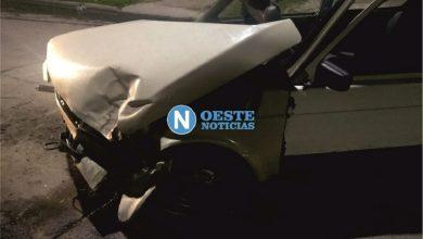 Photo of Circulaba a gran velocidad y chocó contra una camioneta estacionada