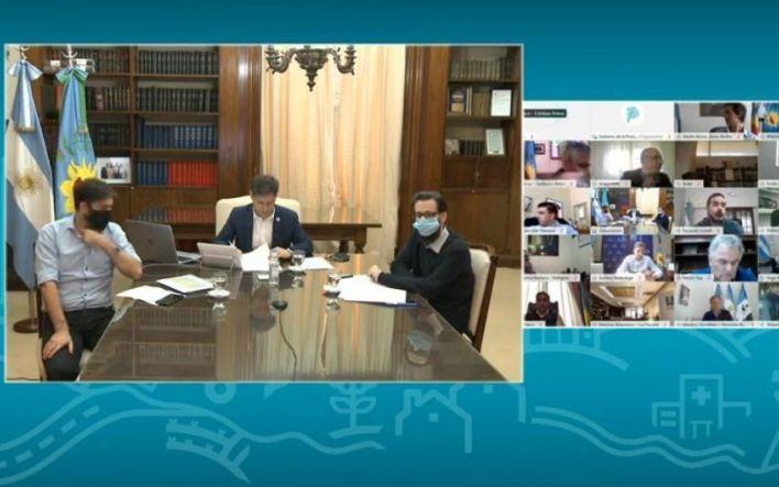 Kicillof anunció el asfalto y arreglo de 14 cuadras en La Plata y obras en otros municipios