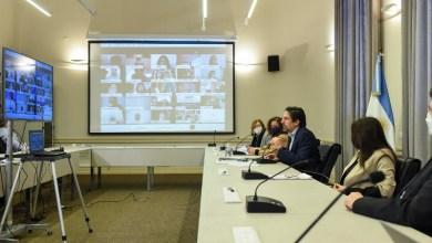 Photo of El Ministerio de Educación lanza el programa Acompañar: puentes de igualdad