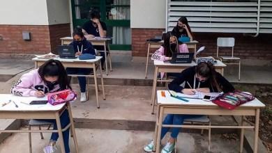 Photo of La Provincia confirma que en La Plata las escuelas podrán hacer actividades presenciales
