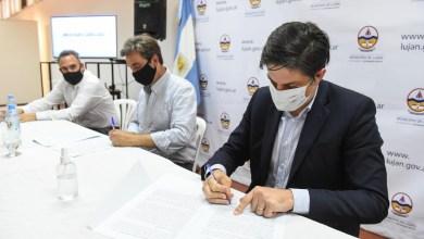 Photo of Firma convenios para mejoras y refacciones de infraestructura