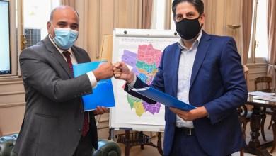 Photo of Trotta y Manzur firmaron acuerdo para mejoras edilicias en escuelas tucumanas