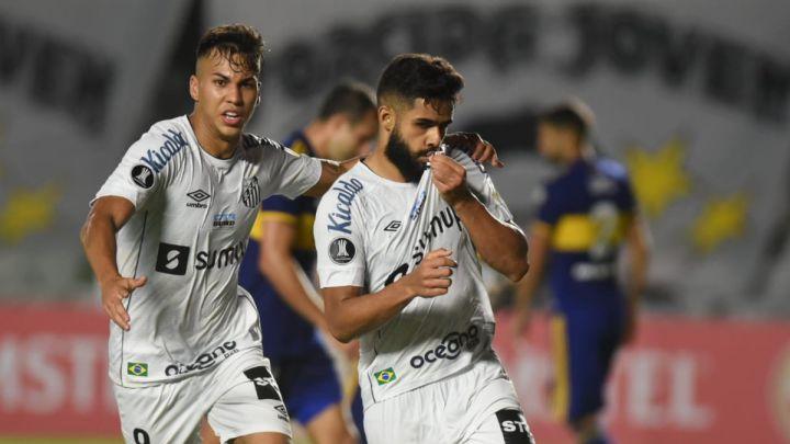 Boca complicó su futuro en la Libertadores y el rojo rescató un punto en Uruguay