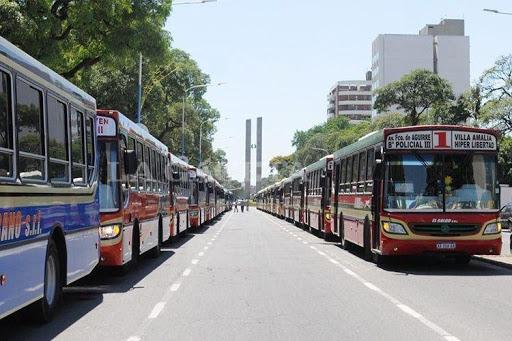 Levantaron el paro de micros en La Plata, Berisso y Ensenada