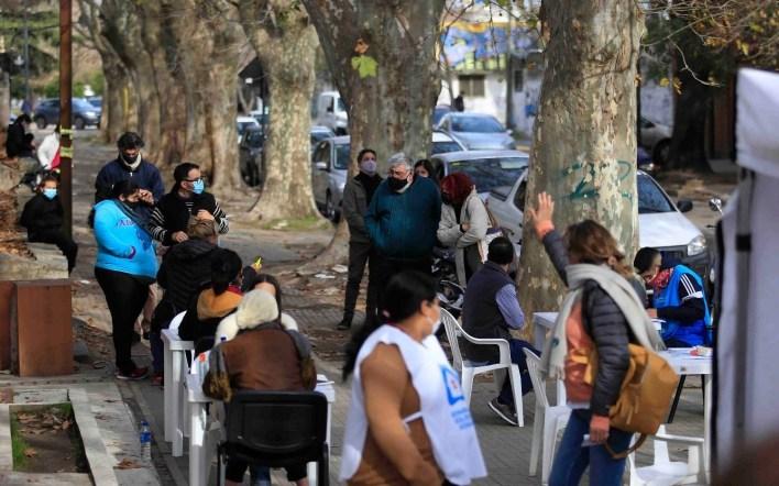 La Plata ofreció plazas y parques para montar postas de vacunación contra el coronavirus