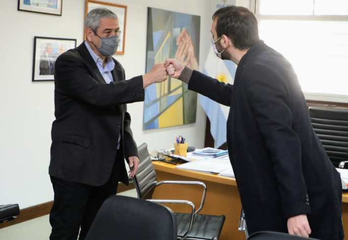 Ferraresi firmó convenios con el intendente de Hurlingham