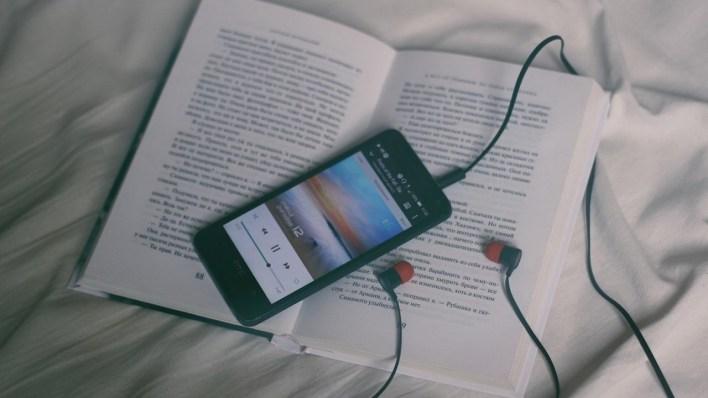 La Universidad de Hurlingham busca voluntarios para hacer audiotextos