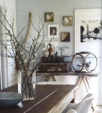 Arreglo floral con ramas
