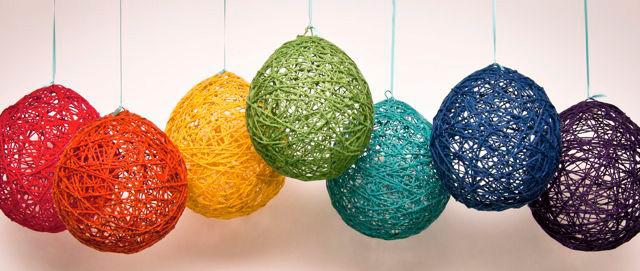 Lámparas artesanales de hilo con globos