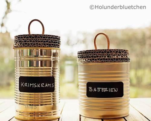 Ideas para reciclar latas, latas con etiqueta y tapa de cartón reciclado