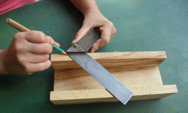 Herramienta casera para hacer marcos de madera fácil