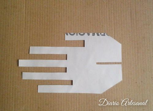 Porta anillos con reciclaje de carton