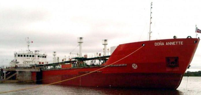 buque-retenido-en-argentina-diarioasunion