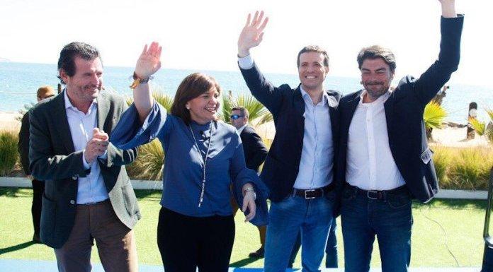 Casado en su acto electoral de Alicante con Bonig, Barcala y Ciscar.