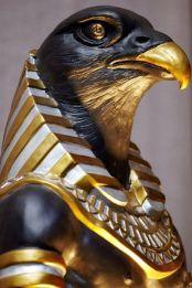 horus-dios-egipcio-con-cabeza-de-halcon-1