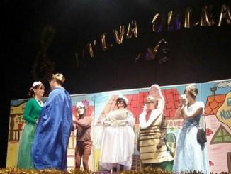 Aspace Jaraíz representa hoy por segunda vez la obra de teatro Tina y el Sapo