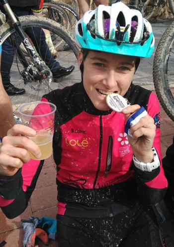 Eva Garrido consigue la plata en el Costa Blanca Bike Race