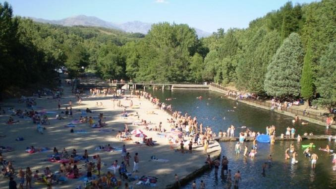 Tareas de limpieza del Lago Alonso Vega y Charco las Tablas para la temporada de Baño 2017