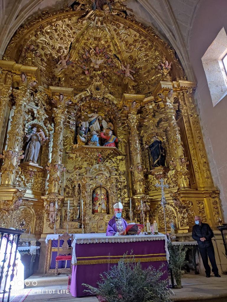 Restaurado el retablo de la iglesia de El Salvador de Pasarón
