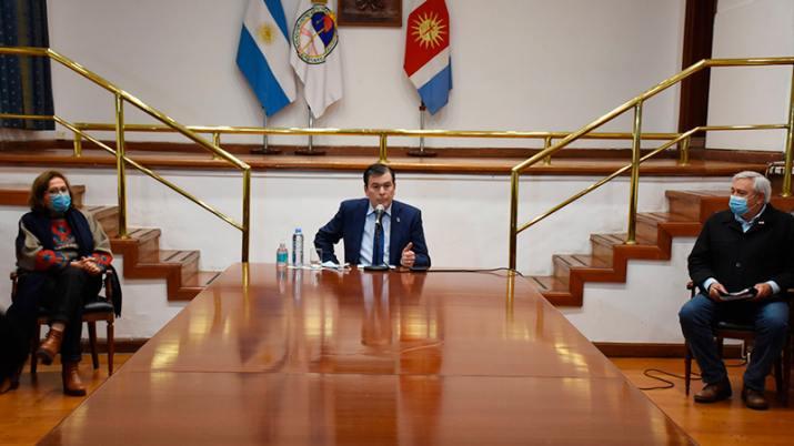 las nuevas medidas que regirán en Santiago Capital y Banda