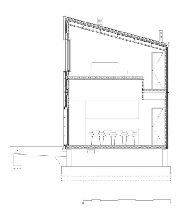 JP House, una casa prefabricada con aspecto de mimbre en un pequeño pueblo de Cuenca