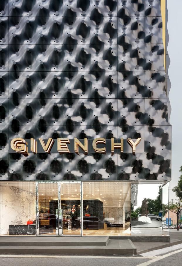Givenchy-piuarch-Seoul-South-Korea-Shin-Kyungsub (2)
