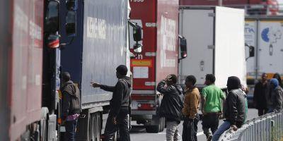 Froet, exige, medidas, contundentes, mafias, inmigrantes, Calais,