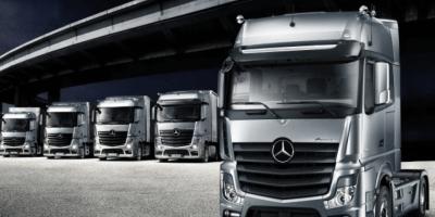 fabrica, camión, Mercedes Actos, montaje, operarios, fábrica, vídeo, imágenes,