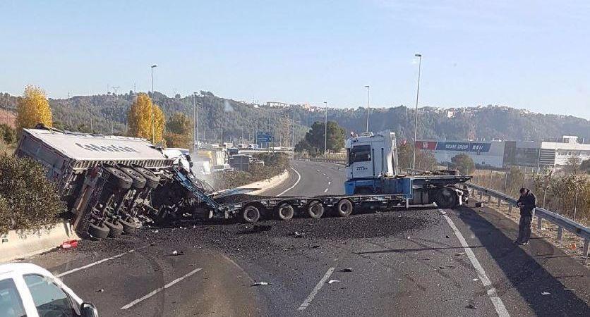 Accidente A-2 Castellbisbal, camiones,