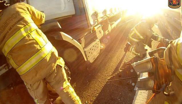conductor, herido, accidente, camiones, autovía, A-68, Zaragoza,