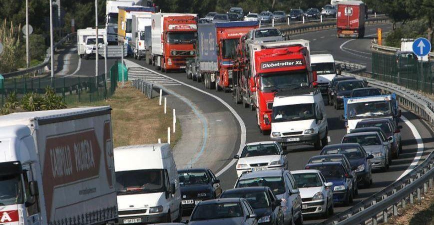 restriiciones, sorprendentes, DGT, 2020, camiones,