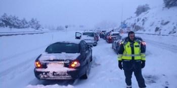 atrapados, nieve, carreteras, Península,