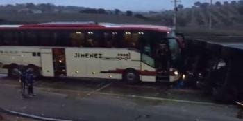 autobus, Ríos Renovables, accidente, camión, A-4, autovía, Jaen