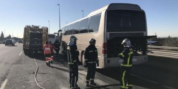 autobús, transporte, escolar, incendiado, A-6,