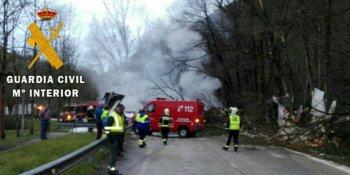 fallece, camionero, accidente, N-121-A