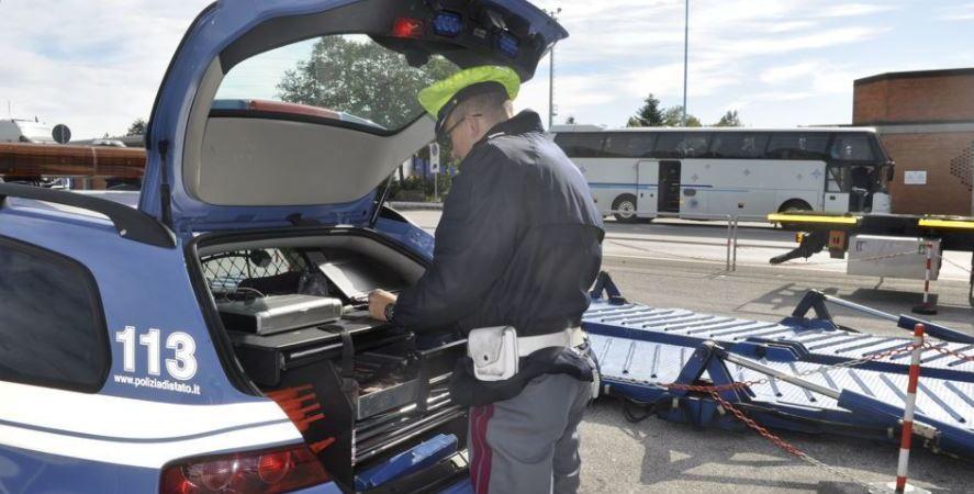 Policía de Tránsito, italiana, tacógrafos, manipulados, sistema, electrónico, investigación,